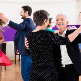 melhor-idade-dancando